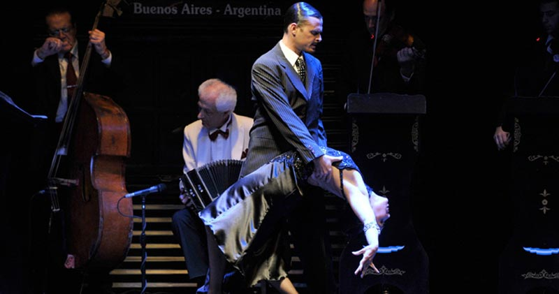 Discover Buenos Aires, the city of Tango!